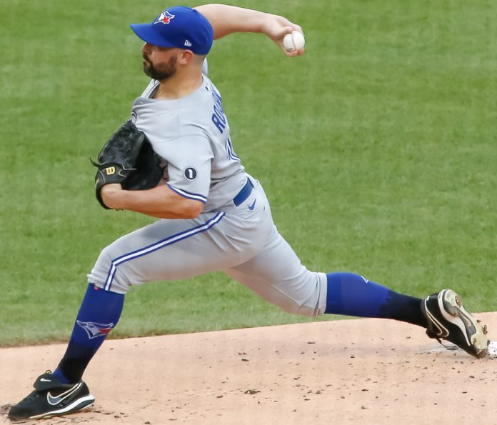 Tanner Roark delivers a pitch for the Blue Jays